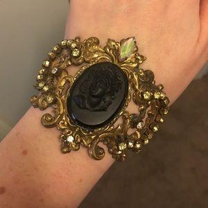 Vintage iridescent cameo bracelet